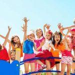 Niños sonriendo en verano